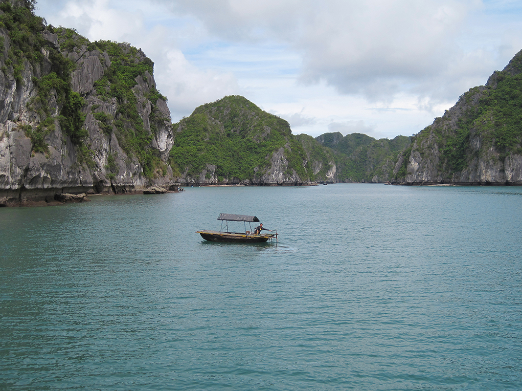 Baie d'Halong - Vietnam © Julie Copin