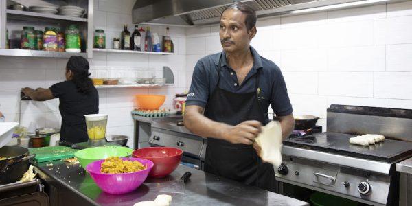 Une scène gastronomique sri-lankaise se développe à Naples – Backstreets Culinary